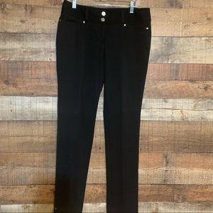 White House Black Market black pants, size 6R